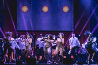 _WEST END EUROVISION RUNNERS-UP Dreamgirls perform Making Your Mind Up Photo Darren Bell_preview