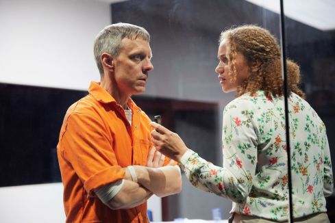 Trevor White and Angela Griffin in Building The Wall at the Park Theatre. Photo by Mark Douet _50A2512_preview